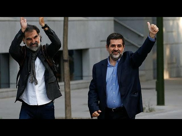 <h2><a href='https://webtv.eklogika.gr/ypo-kratisi-igetes-ton-aposchiston' target='_blank' title='Υπό κράτηση ηγέτες των αποσχιστών'>Υπό κράτηση ηγέτες των αποσχιστών</a></h2>