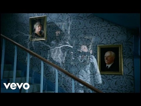 Paul McCartney - Dance Tonight ft. Natalie Portman