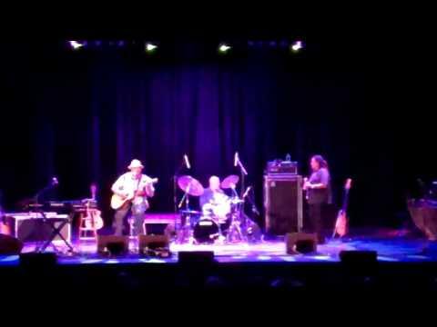 Taj Mahal Trio - Done Changed My Way Of Living-tarrytown N.y