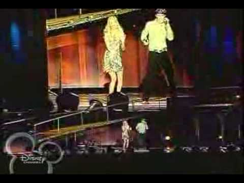 What Ive been looking for live - Ashley Tisdale & Lucas Grabeel