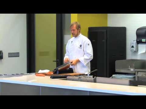 Mercer Cutlery Knife Handling Demonstration