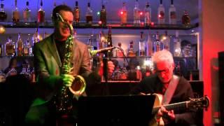 Robert Kyle & Riner Scivally - So Danco Samba (Antonio Carlos Jobim) 2013-11-06 RedWhite+Bluezz