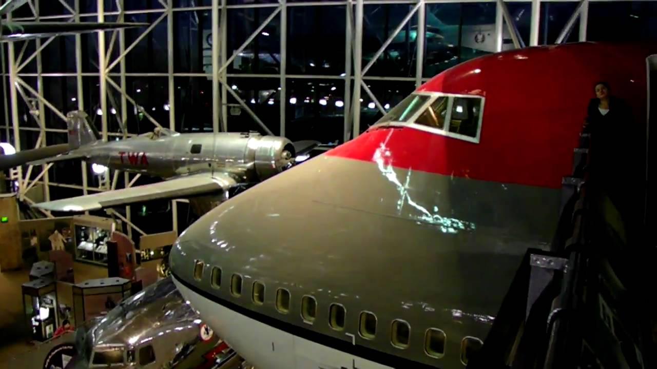 Hd Flight Deck Of 747 200 Northwest Airlines Cockpit