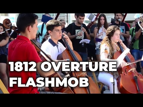 1812 OVERTURE, amazing FLASHMOB