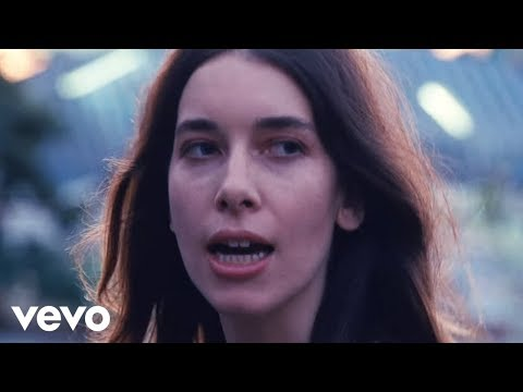 HAIM - Little of Your Love (Video)