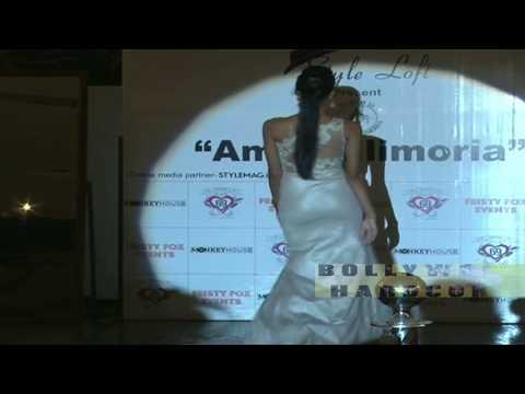 HOT Model Showing Bouncing BOOTY During Ramp Walk thumbnail