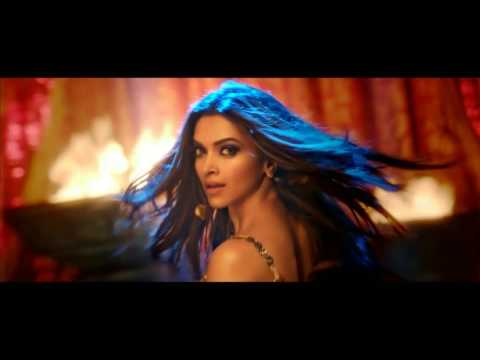 Deepika's 'Mohini' look in new Happy New Year song