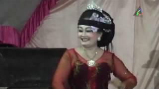 Gambar cover Buah Kawung (Mamah Linda) Lingkung Seni Sunda Sadewa