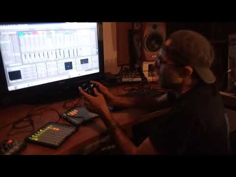 Ocean Swift Synthesis - Xbox360 PS3 PS4 MIDI Control v2 - Jam Demonstration