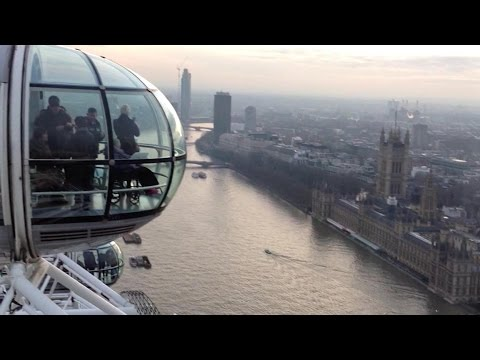 360° view of London from the top of London Eye
