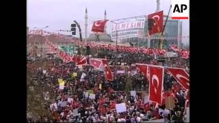 Thousands gather to protest against Pope Benedict XVI's upcoming visit