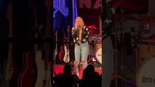 "Gabby Barrett ""Good Ones"" Nashville 11.19.19"