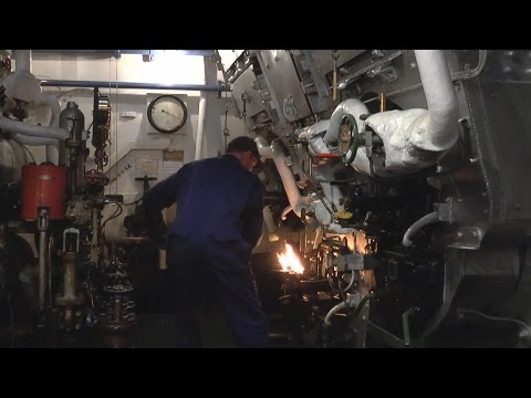 Down In The Engine Room - SS Shieldhall - Triple-Expansion Engine