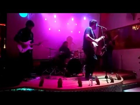 The GuGa Project-I'm Too Young (live @ Perlas)