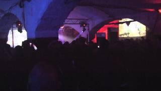Elektroanschlag 13 - Beinhaus Live 2