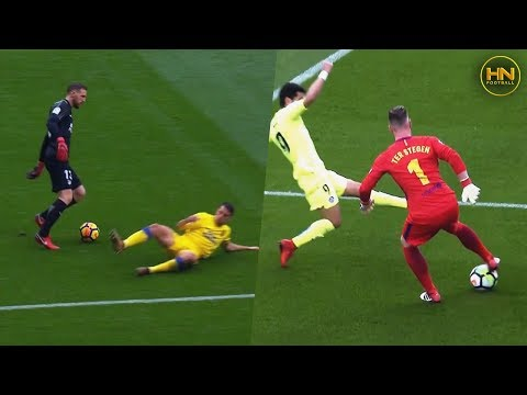 Most Entertaining & Risky Skills By Football Goalkeepers