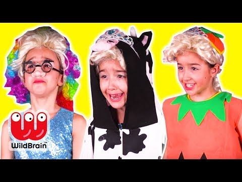 HALLOWEEN COSTUME CONTEST 🎃 The Winner Gets Candy! - Princesses In Real Life   WildBrain Kiddyzuzaa