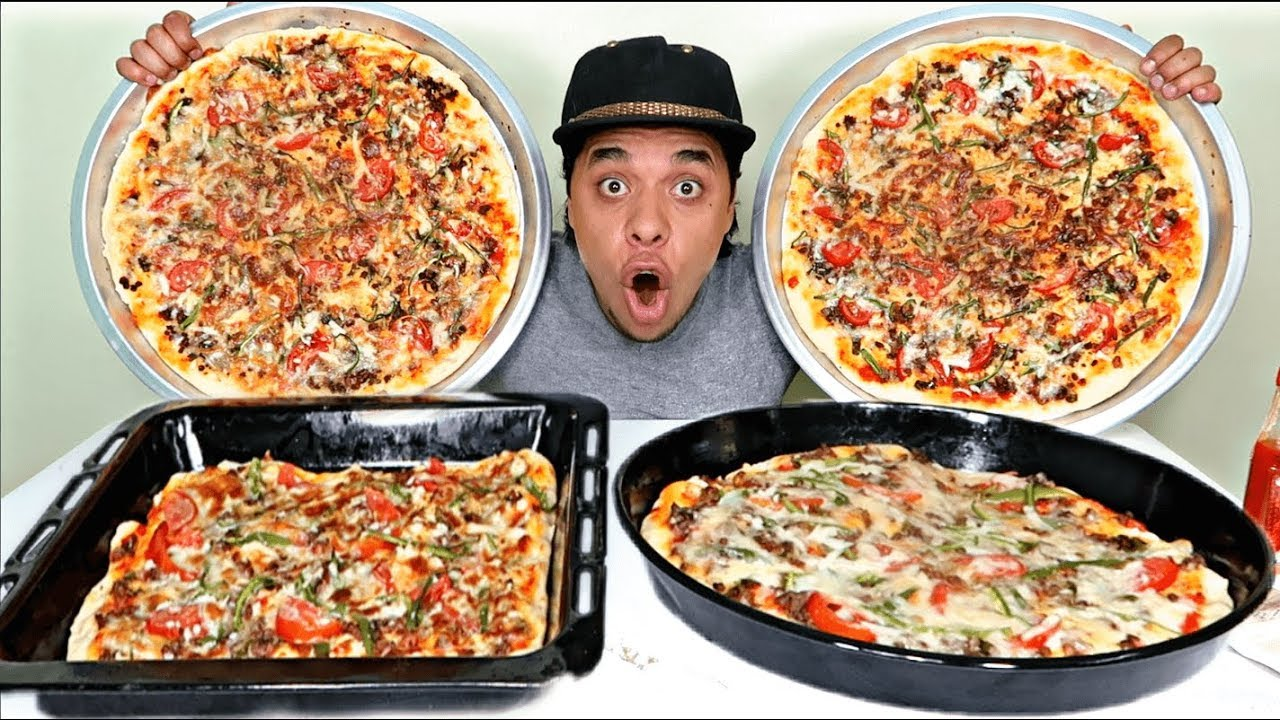 تحدي اضخم 4 بيتزا في العالم بالشطة الكورية والشطة الهاينز مولعه - YouTube