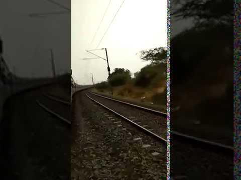 एक कलाक मे ६२ कीमी  speed से चलती TRAIN |indian railway| super fast| train|speed| ki ek zalak.