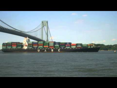 Container Ship UASC JEDDAH Inbound Under Verrazano Narrows Bridge in New York (June 23, 2014)