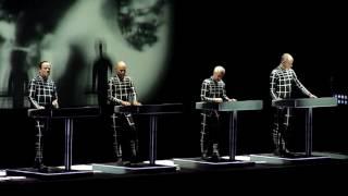 Kraftwerk - The Model @ Luna Park (Argentina) [HQ]