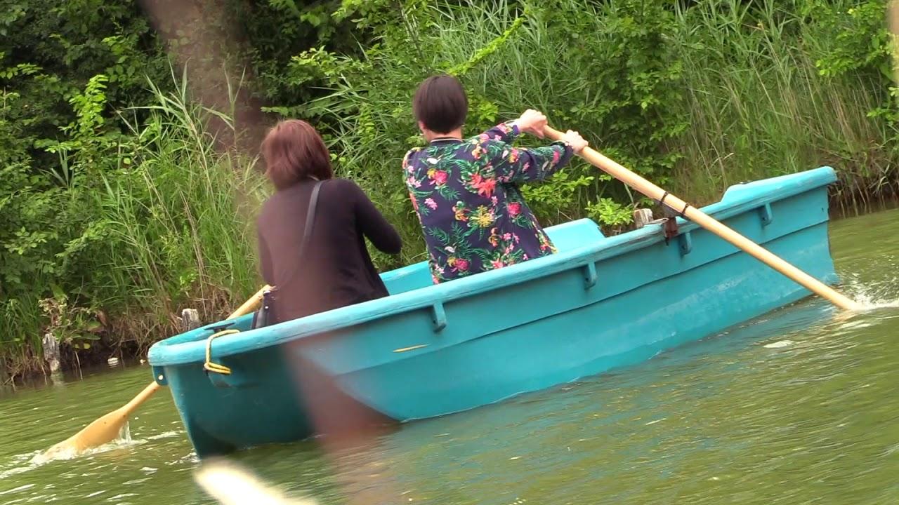On A Teste Pour Vous Les Barques A Rames A Vauban Promenade Youtube