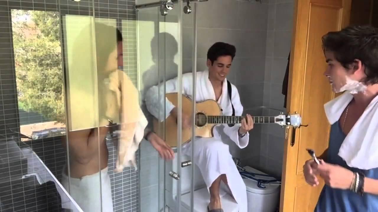 Bathroom Queue enamorate eng ver in the bathroom - youtube