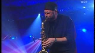Mike Stern - Slow Change + interview (Live Leverkusen Jazztage 2003)