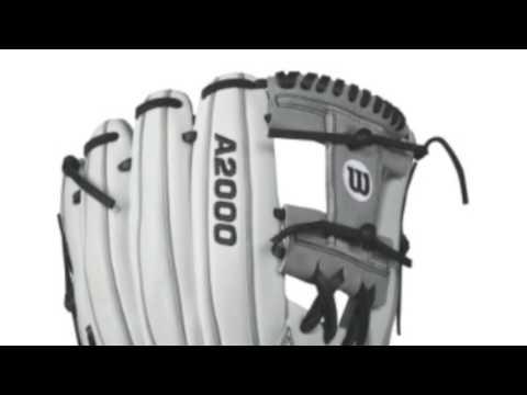 Wilson A2000 12 In Fastpitch Softball Glove