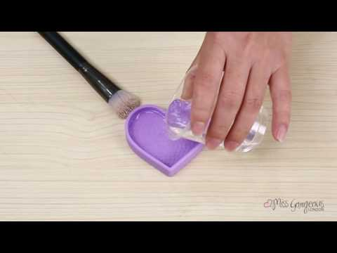 Miss Gorgeous London -  3-in-1 Cosmetic Brush Cleaner