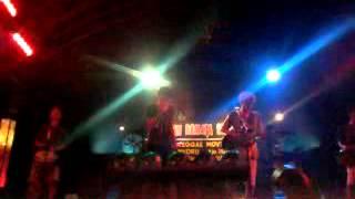 Rodok reggae - wanita munafik (cover )