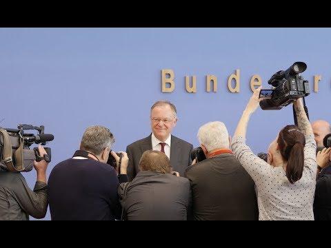 Ministerpräsident Stephan Weil nach der Wahl in Niedersachsen - BPK vom 16. Oktober 2017