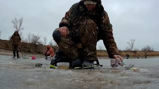 Зимняя рыбалка. Ростовская область 2019. Ловля тарани со льда.