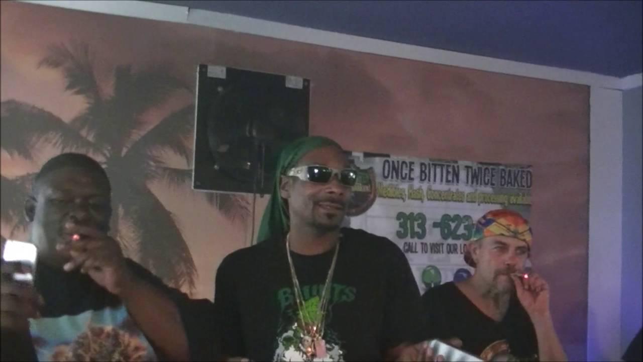 Snoop Dogg Meet Greet In Michigan Udss 8 12 2016 Youtube