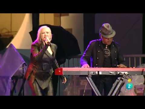 Cyndi Lauper - 46 Heineken Jazzaldia - Memphis Blues Tour
