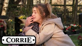 Jade Finds Hope By Their Dad's Grave | Coronation Street