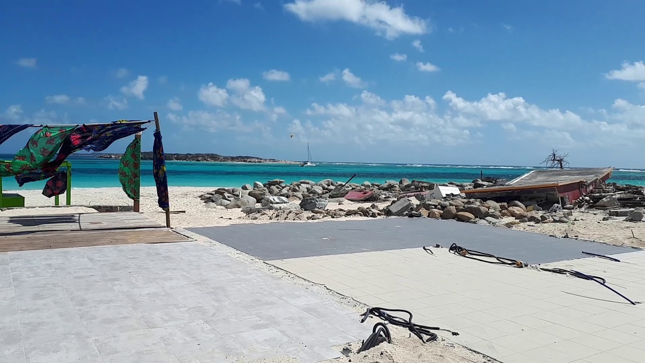 Orient Baie Beautiful Sea Cleaning Of Club 12 March 2018 After Hurricane Irma St Martin