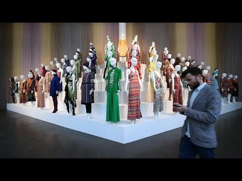 'Art and Colour' as Missoni fashion exhibition opens in Italy