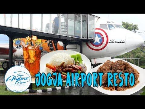 jogja-airport-resto---sensasi-makan-di-kabin-pesawat