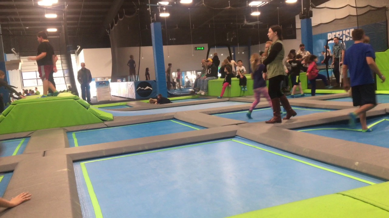 a noob at mountain air trampoline park youtube. Black Bedroom Furniture Sets. Home Design Ideas