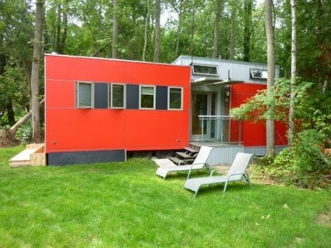 The Modern Green Prefab MiniHome Lands At The Green Eco-Trailer Park