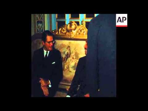 SYND 3-10-70 ELLIOT RICHARDSON, MEETS WITH ACTING PRESIDENT OF EGYPT, ANWAR SADAT