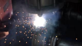 Ağır çekim kaynak işçiliği - Slo-mo welding job