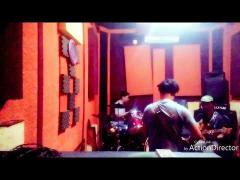Five minutes cover (galau) by doni band