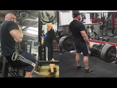 Why The Overhead Press Trumps The Bench Press For Athleticism