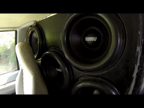 "BRUTAL BASS!!! EIGHT SUNDOWN Zv4 15's...27,000 watts! ""WHAT!?"""