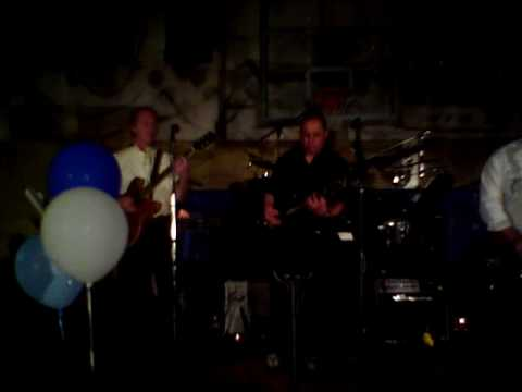 the agents perform at the last sockhop woodward high school 2010 cover of midnight hour