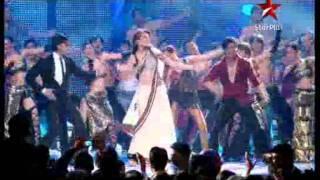 Download Video Shah Rukh Khan's Performance IIFA Awards 2011 part2 MP3 3GP MP4