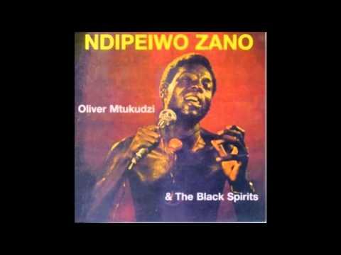 Oliver Mtukudzi - Ndipeiwo Zano