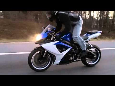 GSXR Wheelie - The Frow